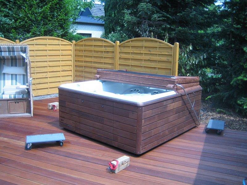 outdoor whirlpool persea in sittensen niedersachsen blog aqua whirlpools. Black Bedroom Furniture Sets. Home Design Ideas
