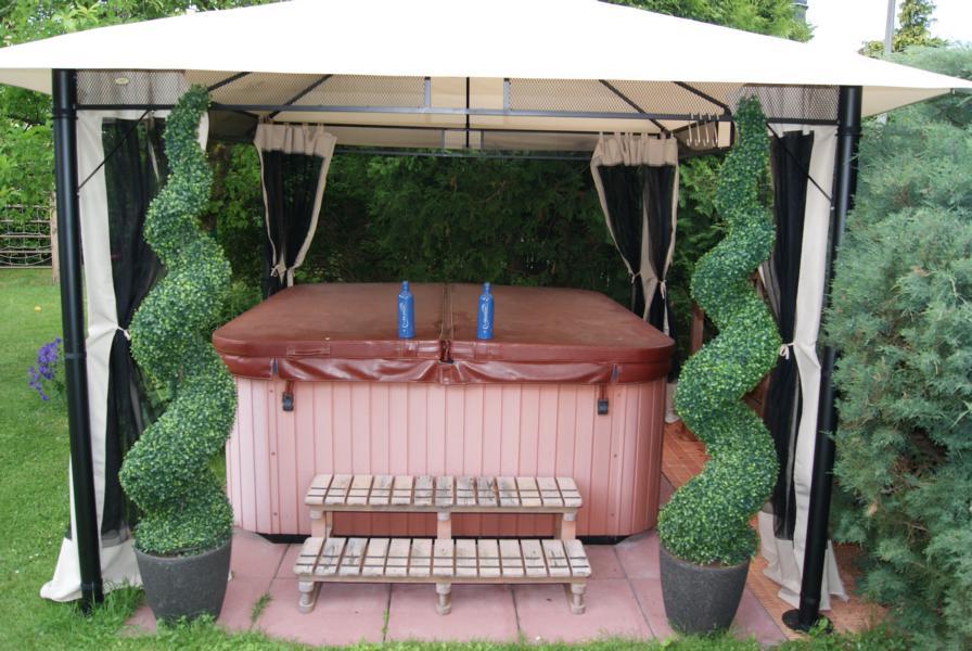 Outdoor Whirlpool Kapecsan Baumarkt BM 216 | Blog | Aqua ...